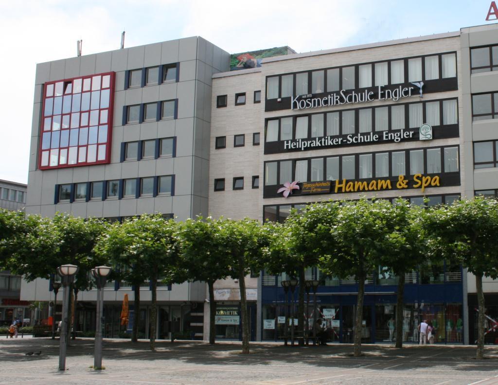 Kosmetikschule Engler in Frankfurt