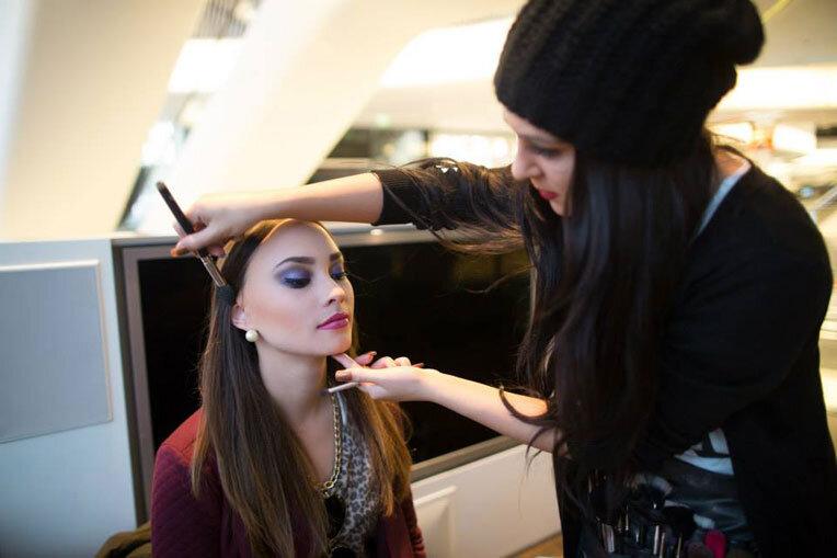 Make Up Artist Und Visagistin Ausbildung Make Up Academy: Kosmetikschule Engler In Frankfurt Am